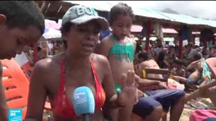 الهرب من السياسة إلى الشاطئ في فنزويلا