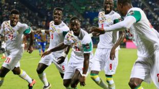 Le Sénégal a parfaitement contenu le Zimbabwe et sera bien au rendez-vous des quarts.