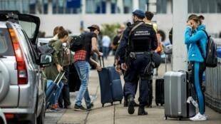 إجراءات أمنية إضافية في مطار أمستردام-شيبول