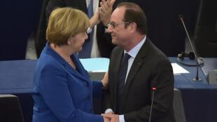 Angela Merkel et François Hollande, mercredi 7 octobre 2015, au Parlement européen de Strasbourg.