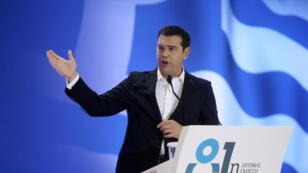 Alexis Tsipras avait annoncé une prime de fin d'année pour certains retraités et une suspension de la hausse de la TVA.