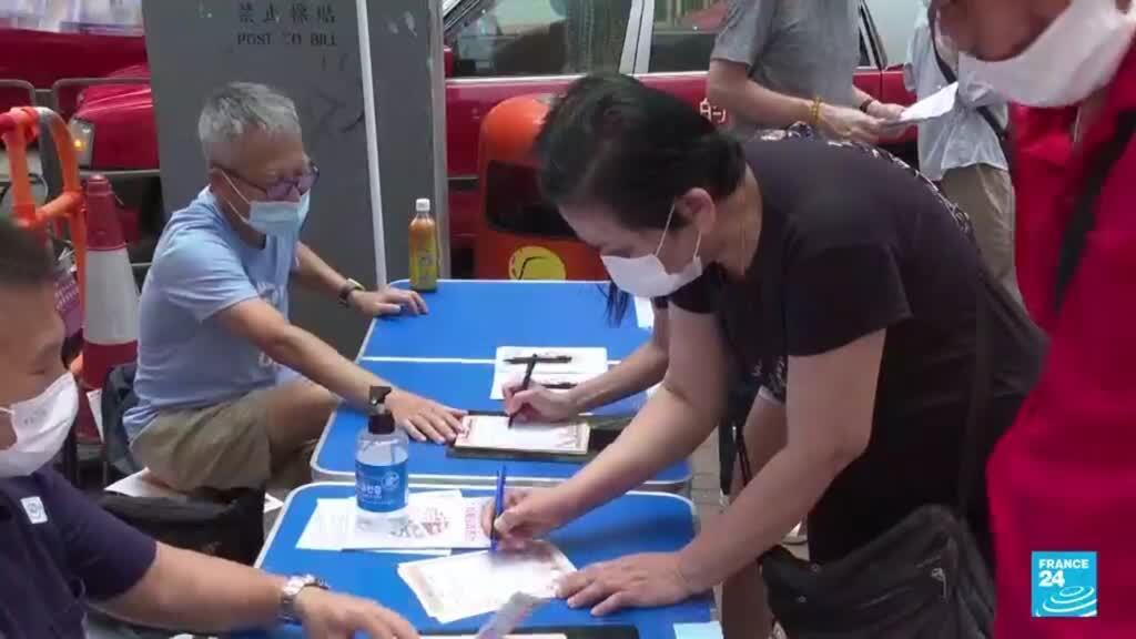 2021-09-19 19:09 Hong Kong votó para elegir el Comité Electoral según leyes a favor de Beijing