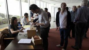 """Les salariés du """"Monde"""" ont voté, mercredi 13 mai 2015, et ont rejeté la candidature de Jérôme Fenoglio."""