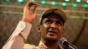 """نائب رئيس المجلس العسكري في السودان محمد حمدان دقلو العروف باسم """"حميدتي"""""""