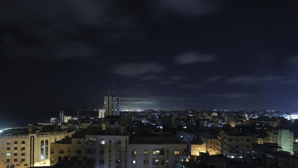 """قضاء حماس يحكم بالاعدام على ستة فلسطينيين بتهمة """"التخابر"""" مع اسرائيل"""