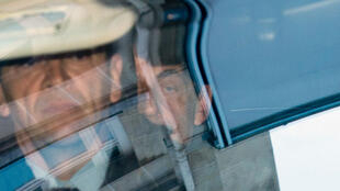 Arrivée de Nicolas Sarkozy, mercredi 1er avril, chez les juges du pôle financier parisien.