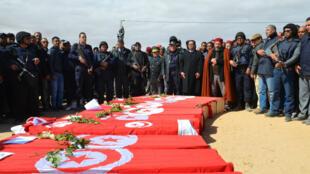 Photo prise lors des obsèques des victimes de l'attaque du 7 mars 2015 contre la ville de Ben Guerdane.