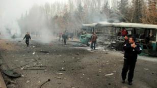 Le lieu de l'explosion à Kayseri, dans le centre de la Turquie, le 17 décembre 2016.