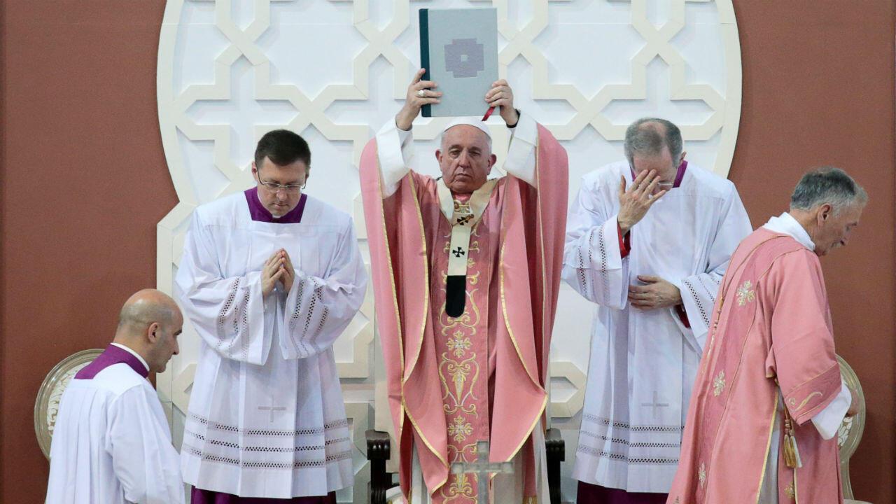 El Papa Francisco celebra una misa en el complejo deportivo Príncipe Moulay Abdellah en Rabat, Marruecos, el 31 de marzo de 2019.