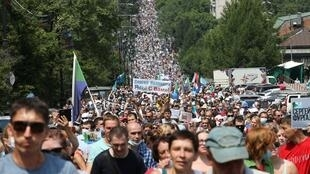 Miles de personas protestan contra el arresto del gobernador, Sergéi Furgal, ocurrido el 9 de julio y trasladado a Moscú. En Jabárovsk, Rusia, el 18 de julio de 2020.