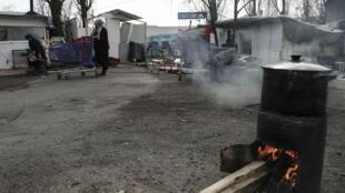 Une famille Roms à Bobigny, en Seine-Saint-Denis.