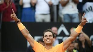 L'Espagnol Rafael Nadal remporte pour la 8e fois le tournoi de Rome, le 20 mai 2018