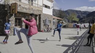En 2020, cerca de 20 000 personas llegaron a Canarias ilegalmente desde la costa occidental de África.