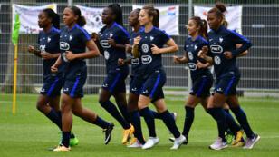 Toujours bien placées, jamais sacrées, les Bleues veulent enfin décrocher leur premier titre lors de l'Euro-2017, aux Pays-Bas.