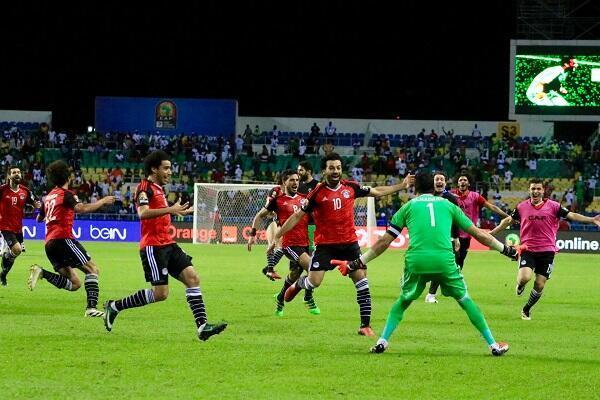 فرحة لاعبي مصر بعد التأهل للنهائي