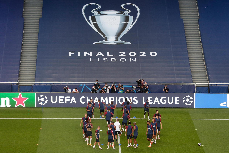 Les joueurs du Paris Saint-Germain participent à une séance d'entraînement au stade de la Luz à Lisbonne, le 22 août 2020.
