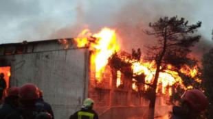 Incendie dans une clinique de réhabilitation pour toxicomanes, à Bakou