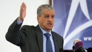 عبد المالك سلال رئيس الحكومة الجزائرية