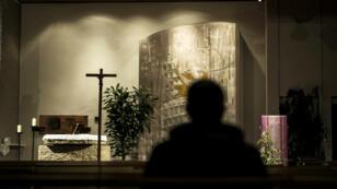 Une messe a été organisée en hommage aux victimes d'abus sexuels, le 7 novembre 2016, dans l'église Saint-Luc de Sainte-Foy-lès-Lyon.