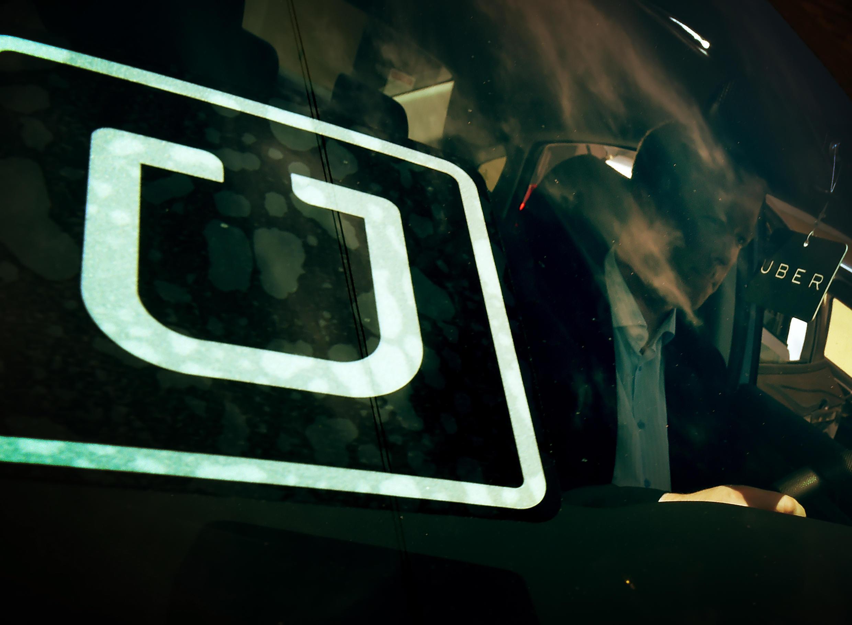 Uber affirme n'être lié que par un contrat de partenariat avec ses chauffeurs.