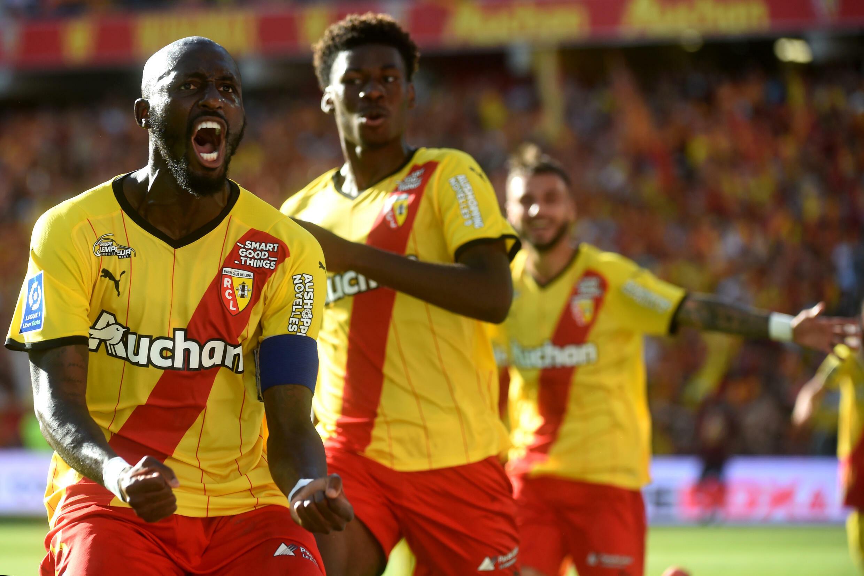 Kegembiraan gelandang Pantai Gading Lens Sekou Fofana, setelah ia bermain imbang (2-2) di kandang melawan Saint-Etienne, pada hari kedua L1, 15 Agustus 2021 di Stade Bolert-Delis