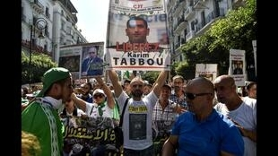 Ouverture du procès de Karim Tabbou