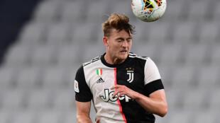 Le défenseur néerlandais de la Juventus Matthijs de Ligt, le 12 juin 2020 à l'Allianz stadium à Turin