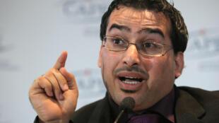 Le journaliste irakien Muntadhar al-Zaidi en conférence de presse, le 1er décembre 2009 à Paris.