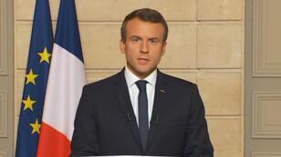 Au soir du retrait des États-Unis de l'Accord de Paris, le 1er juin, Emmanuel Macron avait critiqué la décision de Donald Trump et appelé les chercheurs américains à venir travailler en France.