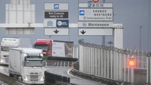 Dès janvier 2021, le transport de marchandises entre le Royaume-Uni et la France sera soumis à une nouvelle législation et un renforcement des contrôles.