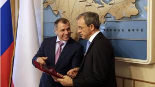 Le député Thierry Mariani a rencontré le président du Parlement de Crimée Vladimir Konstantinov, le 23 juillet 2015.