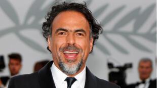 """Imagen de archivo realizada el 22 de mayo de 2017 que muestra al director de cine mexicano Alejandro González Iñárritu durante la presentación de la película """"El sacrificio de un ciervo sagrado"""" en la 70 edición del Festival de Cine de Cannes."""