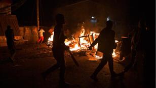 Après la proclamation des résultats, des émeutes ont éclaté au Kenya comme ici à Kibera, un bidonville de Nairobi.