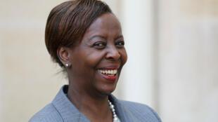 وزيرة الخارجية الرواندية لويز موشيكيووابو