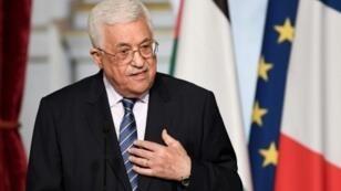 الرئيس الفلسطيني محمود عباس في الإليزيه في 7 شباط/فبراير 2017
