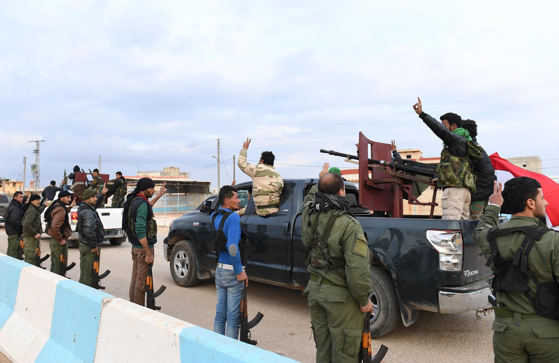 Des combattants kurdes dans la région d'AFrin, le 20 février 2018.