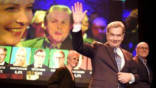 Tras obtener el 62.7 por ciento de los votos, Sauli Niinistos fue reelegido presidente de Finlandia para gobernar por seis años más.