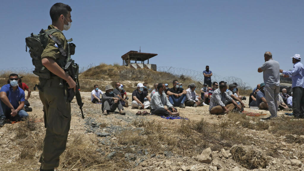 https://www.france24.com/fr/20200814-isra%C3%ABl-%C3%A9mirats-divergences-sur-le-projet-d-annexion-de-territoires-palestiniens