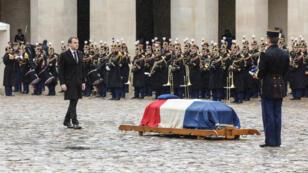 Le président Emmanuel Macron a prononcé l'éloge funèbre d'Arnaud Beltrame dans la cour des Invalides, le 28 mars.
