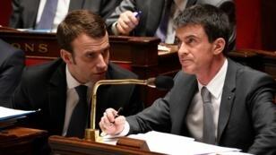 Emmanuel Macron et Manuel Valls à l'Assemblée nationale.