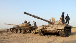 دبابات في عدن (جنوب)