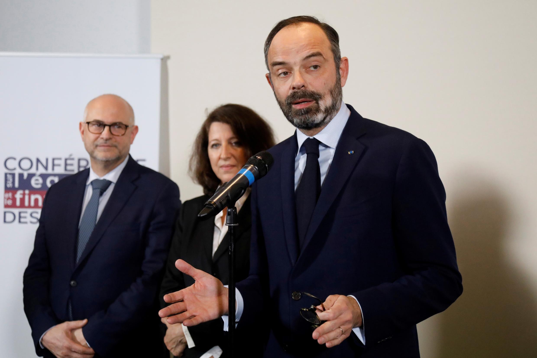 Philippe, Véran et Buzyn visés par une enquête judiciaire