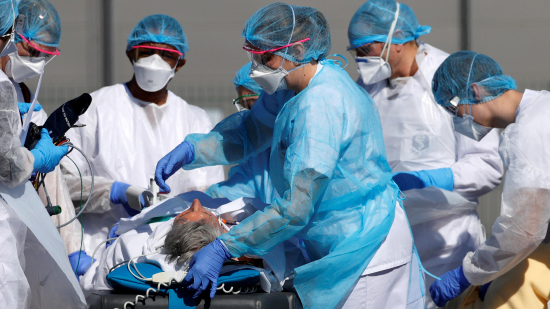 La pandémiede coronavirus a fait 13 832 morts en France, dont643 décès supplémentaires en l'espace de24 heures.