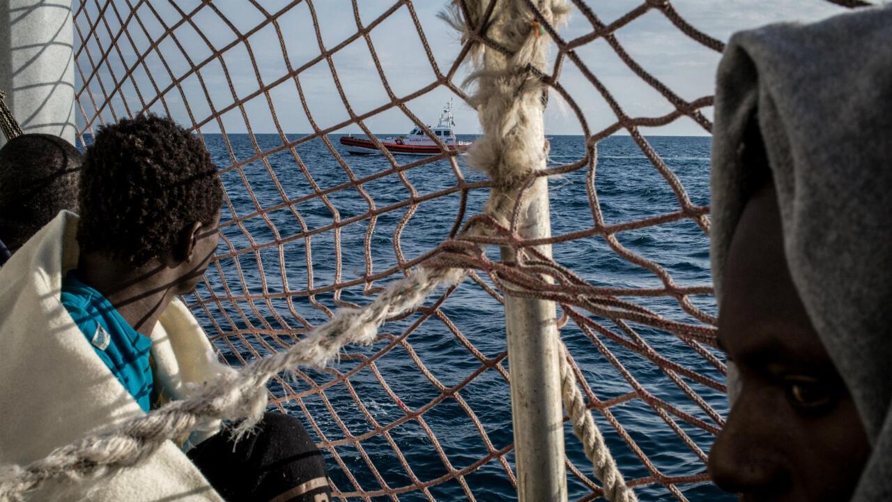 Des migrants sur le navire Sea-Watch 3, le 26 janvier 2019.