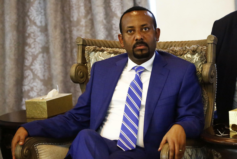 رئيس الوزراء الاثيوبي ابيي احمد خلال زيارة الى السودان في 02 ايار/مايو 2018