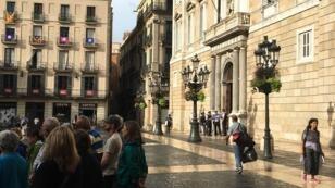 Au lendemain du grand rassemblement pro-indépendantiste, les touristes avaient repris possession des rues de Barcelone, le 12 septembre 2017.
