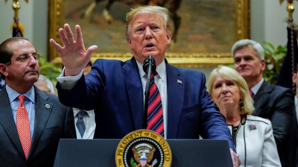El presidente de Estados Unidos, Donald Trump, hace declaraciones sobre varios temas incluídos China en la Sala Roosevelt de la Casa Blanca en Washington, EE. UU., el 9 de mayo de 2019.