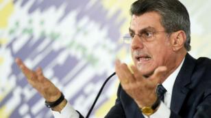"""Eclaboussé dans le scandale Petrobras, le ministre brésilien de la planification Romero Juca annonce se mettre """"en réserve""""."""