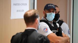 Juzgado de París, Francia. 2 de septiembre de 2020. REUTERS / Charles Platiau