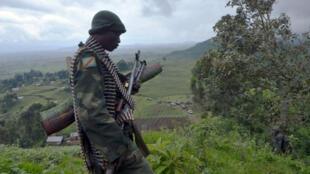Un soldat des Forces armées de la RDC déployé dans le Nord-Kivu, province de l'est de la RD Congo (archives).